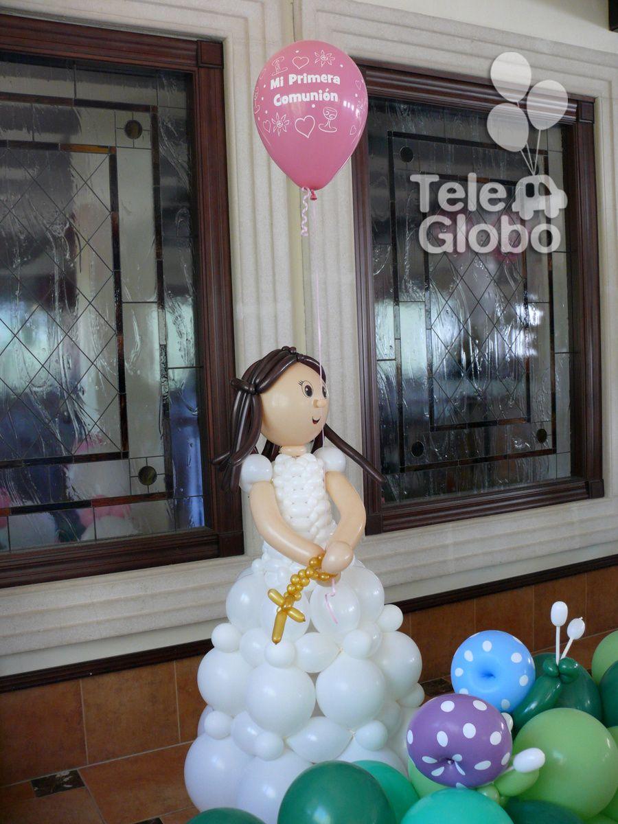 Mu eca de primera comuni n con globos decoraciones con for Fiestas comunion decoracion