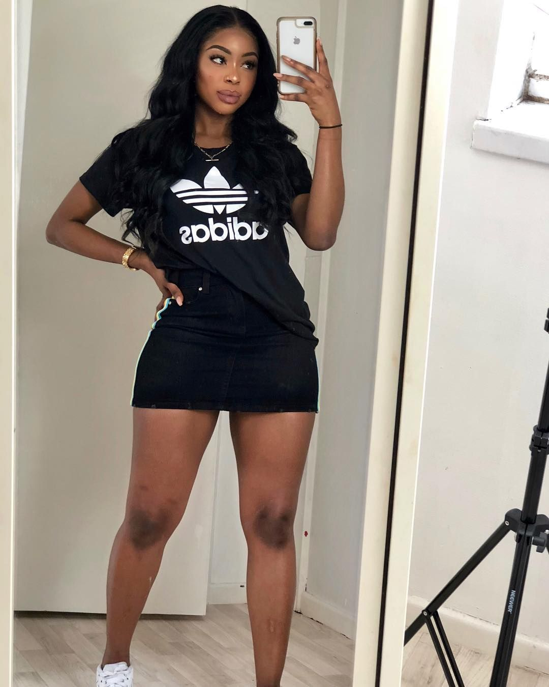 """WUNMI BELLO on Instagram """"So summer is not actually summer in London  Cold asf right now in my mini skirt!! Anywho, who is going wizkid tomorrow 👀"""" is part of Mini skirts - 6,021 Likes, 51 Comments  WUNMI BELLO (@wunmibello) on Instagram """"So summer is not actually summer in London  Cold asf right now in my mini skirt!! Anywho, who is…"""""""