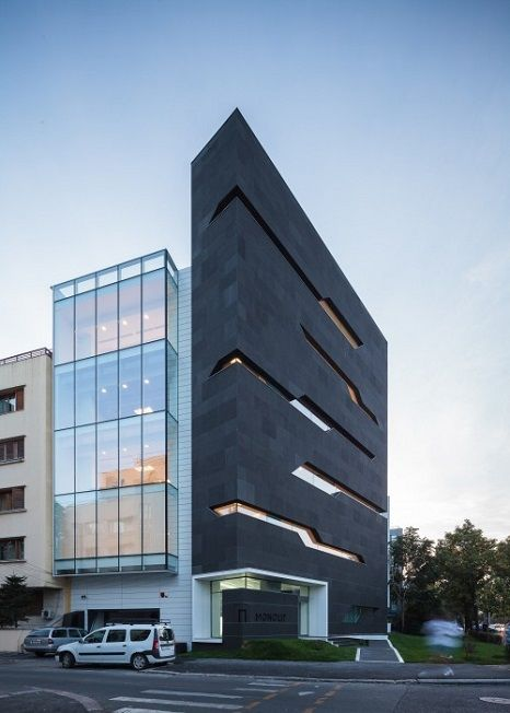 Planos de edificio de oficinas por arquitectos igloo for Oficinas modernas planos