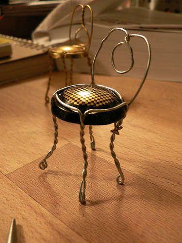 Diy: Champagne Tiny Chair