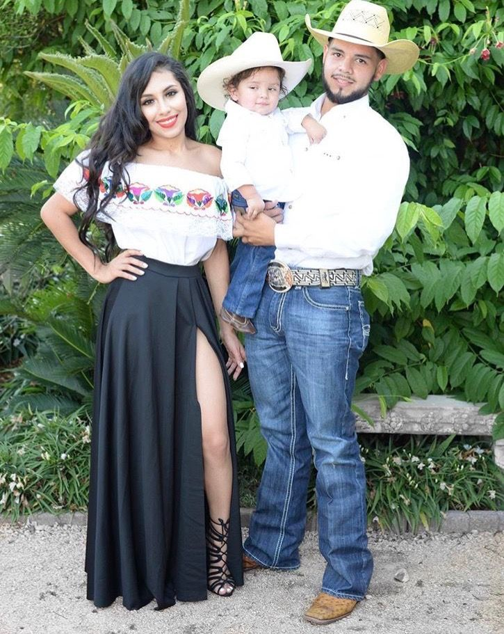 Pin By Stephanie Roman On Classy Casual Outfits Mexican