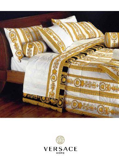 Versace Queen Size Comforter Set In Classic White And Gold Medusa