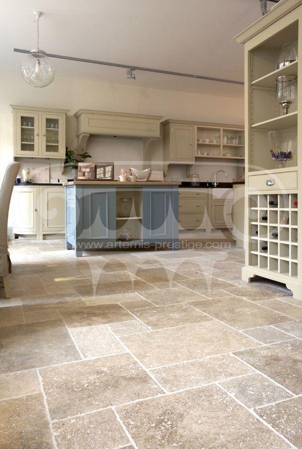 les travertins antique revetement sols et murs margelles listels en travertin antique. Black Bedroom Furniture Sets. Home Design Ideas