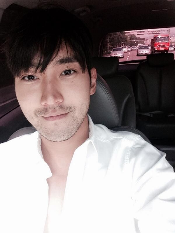 14/05/26 Siwon Twitter Update: 'I will attend to Busan International Motor Show 2014 on 29th. Let's have fun together'