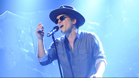 Browse all of the Bruno Mars photos, GIFs and videos. Find just what you're looking for on Photobucket