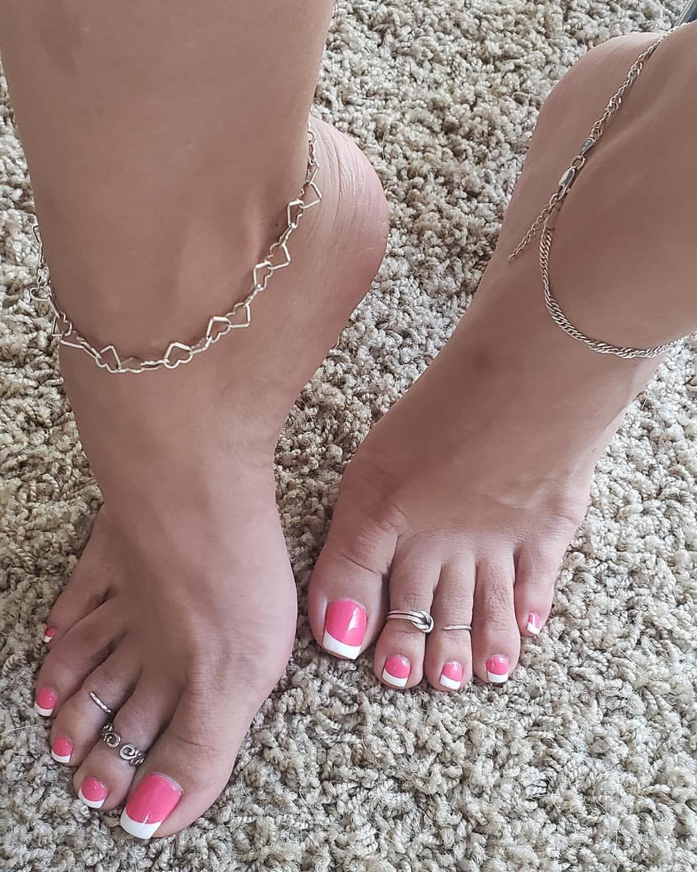 Feet sexy filipina 68