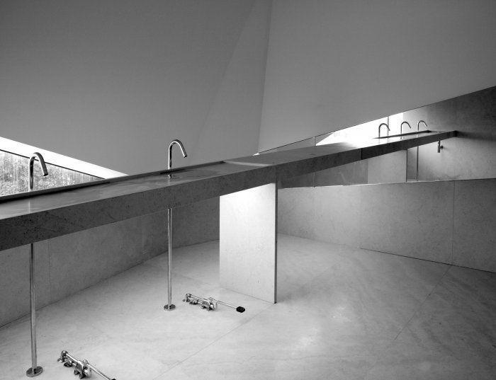 espaço de arquitectura . portal de arquitectura portuguesa | concursos de arquitectura - projectos de arquitectura - bolsa de emprego de arquitectos - notícias de arquitectura - directorio de arquitectos e empresas portuguesas - projectos - portugal - Edifício Vodafone Porto - barbosa & guimarães