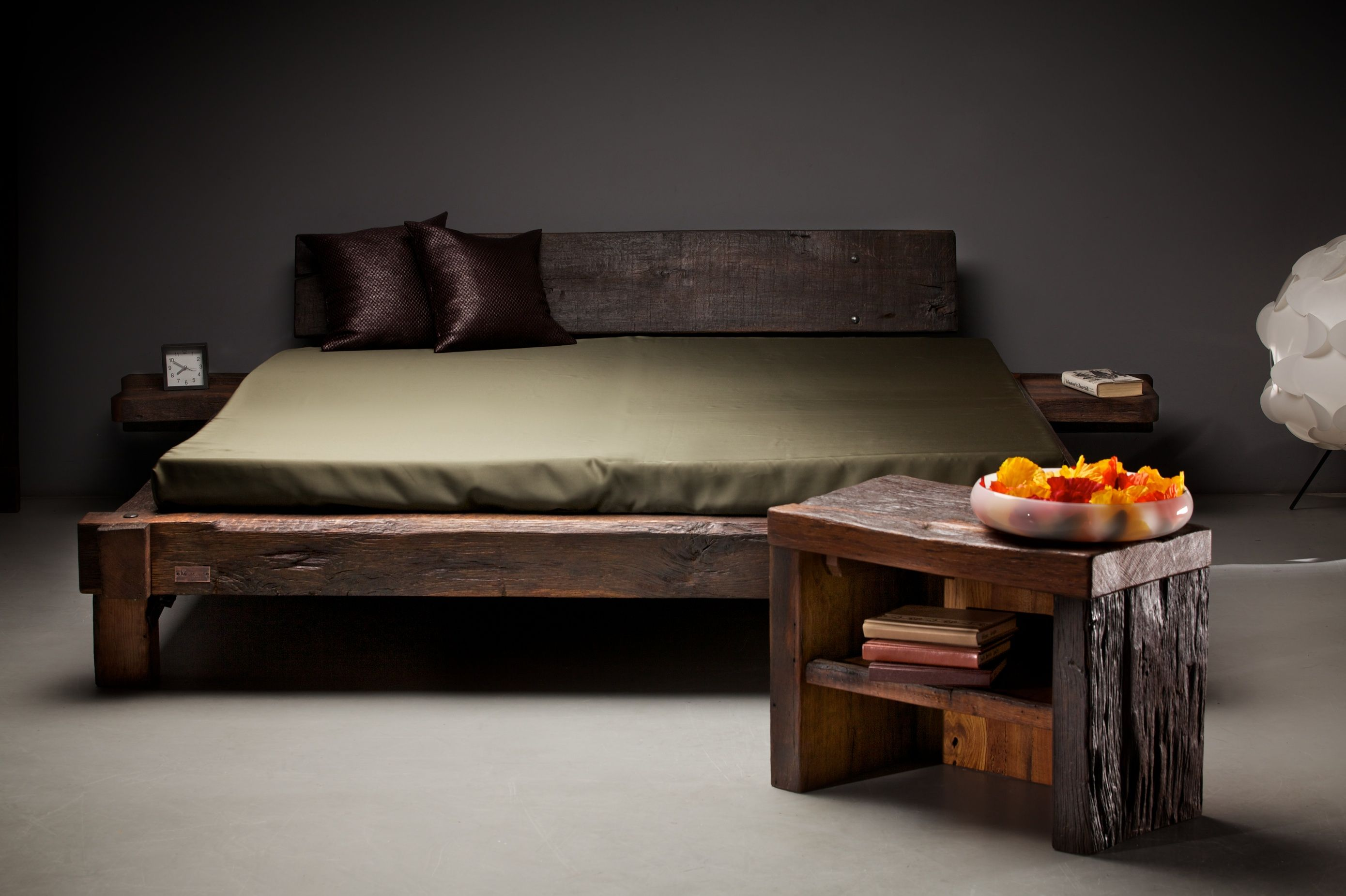 Reclaimed Oak Bed By Oldsoul Furniture Makers Www Oldsoulfurniture Co Uk Oak Bedroom Furniture Modern Bedroom Furniture Sets Rustic Bedroom Furniture