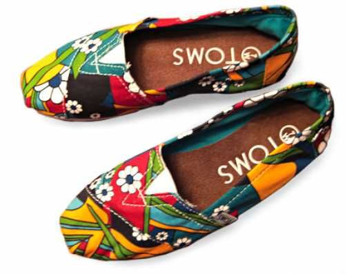 wow, colorful toms!