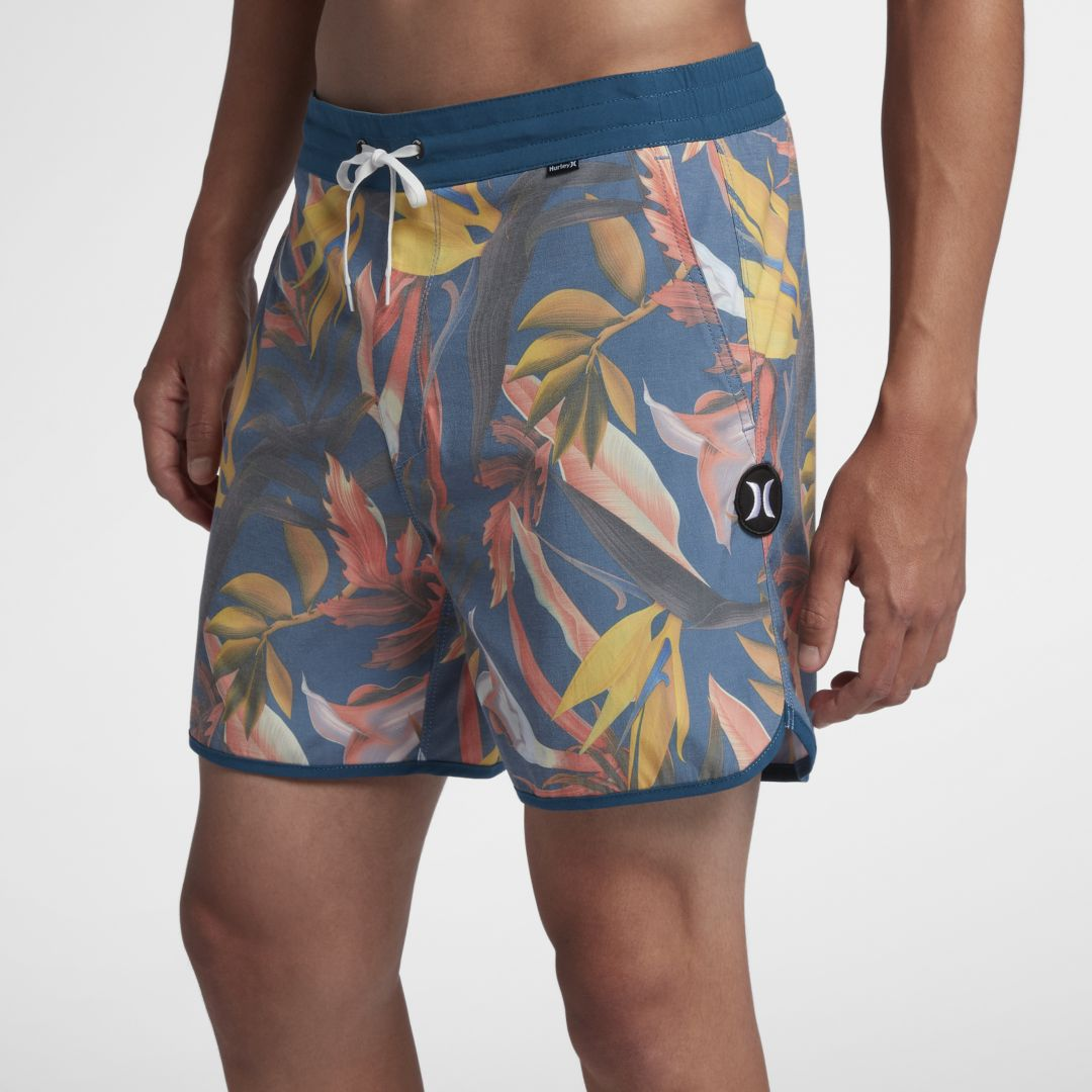 59b5106bc49 Hurley Tropics Volley Mens 16 Board Shorts Size 33 (Blue Force ...