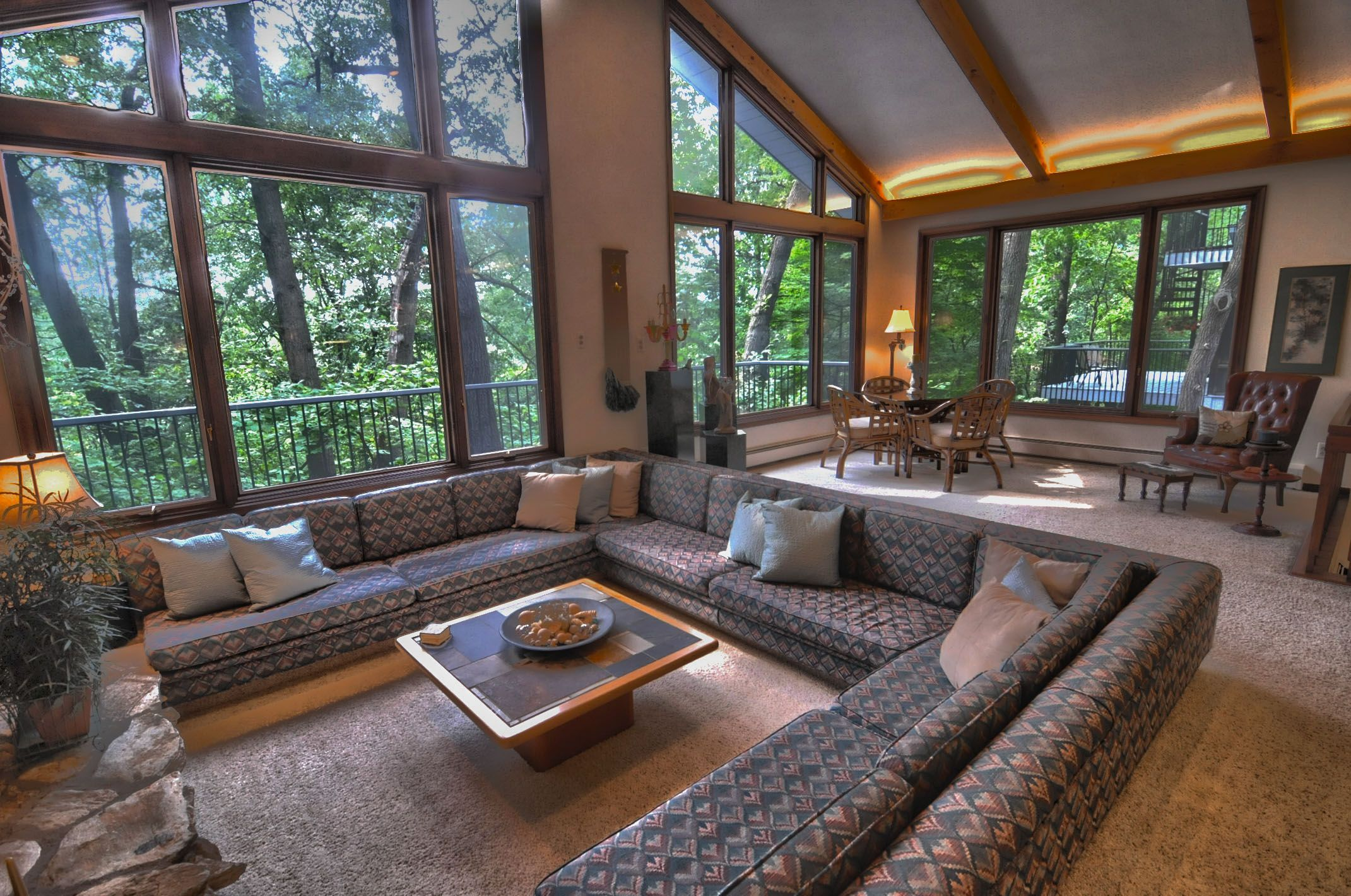 11 Unique & Cool Sunken Living Room Ideas for Your Dreamed ...