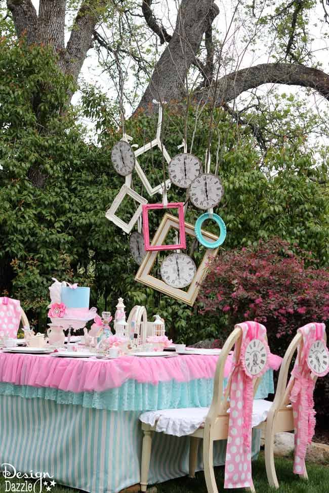 Vintage glam alice in wonderland party wonderland party - Alice in wonderland tea party decorations ...