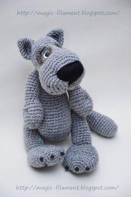 Crochet toy, Grey Wolf, free pattern Den er godt nok på russisk, men måske med google translate