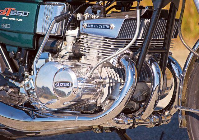 suzuki triple engine