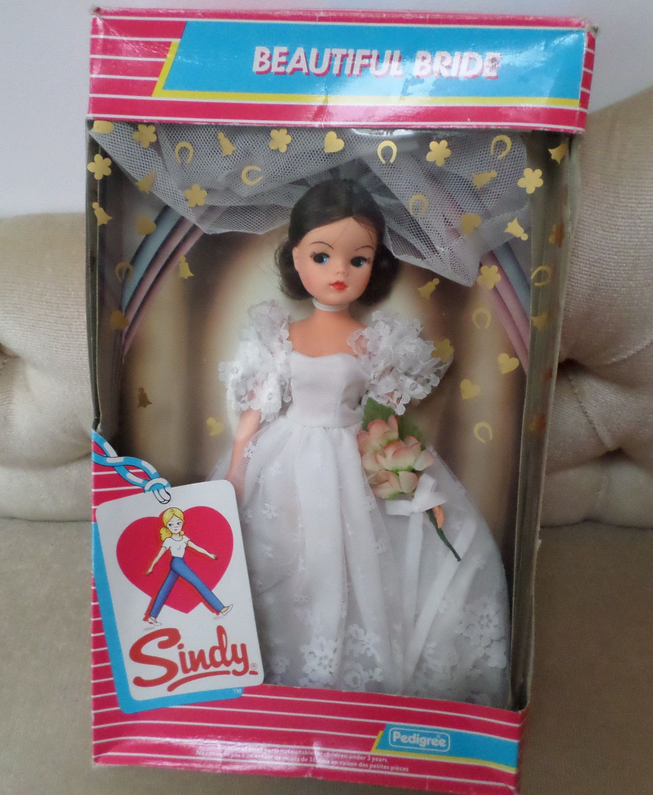 VINTAGE EARLY 80'S BEAUTIFUL BRIDE SINDY DOLL Wedding