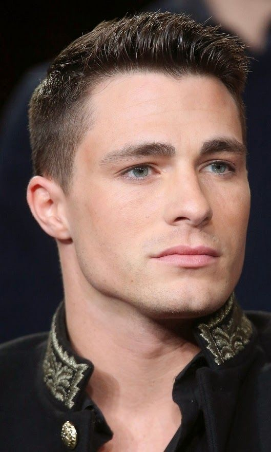 The Arrow And The Flash At The Cw Winter Television Critics Association Tour Colton Haynes Haircut Haircuts For Men Mens Hairstyles