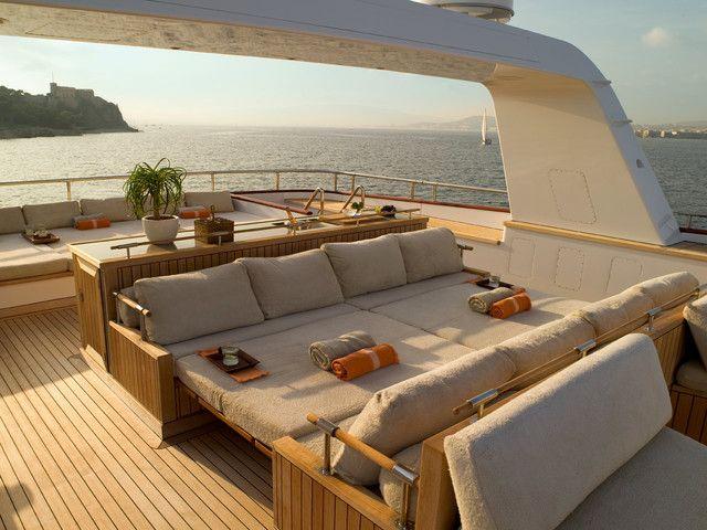 Appealing Modern Yacht Interior Design Ideas Yacht Design Modern ...