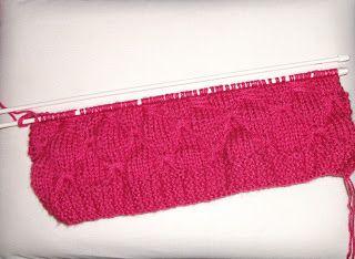 MIMOS DA MILTINHA...: Gorro de trico borboleta infantil pink