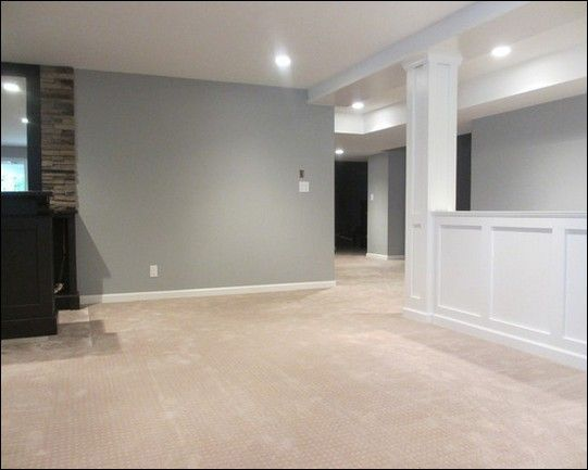 Finished basement idea half wall and light gray paint for Losetas para pisos interiores
