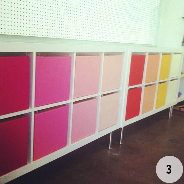 Using artist canvas fabric c hooks to hide clutter in expedit shelving interiors closet - Meuble a case ikea ...