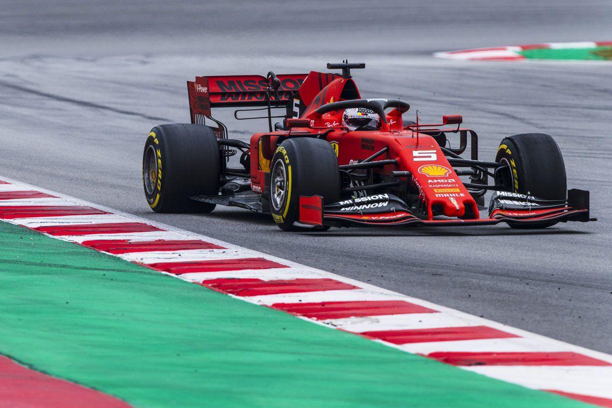 元フェラーリ会長、2019年F1マシンのマット塗装に不満 | F1 News ...