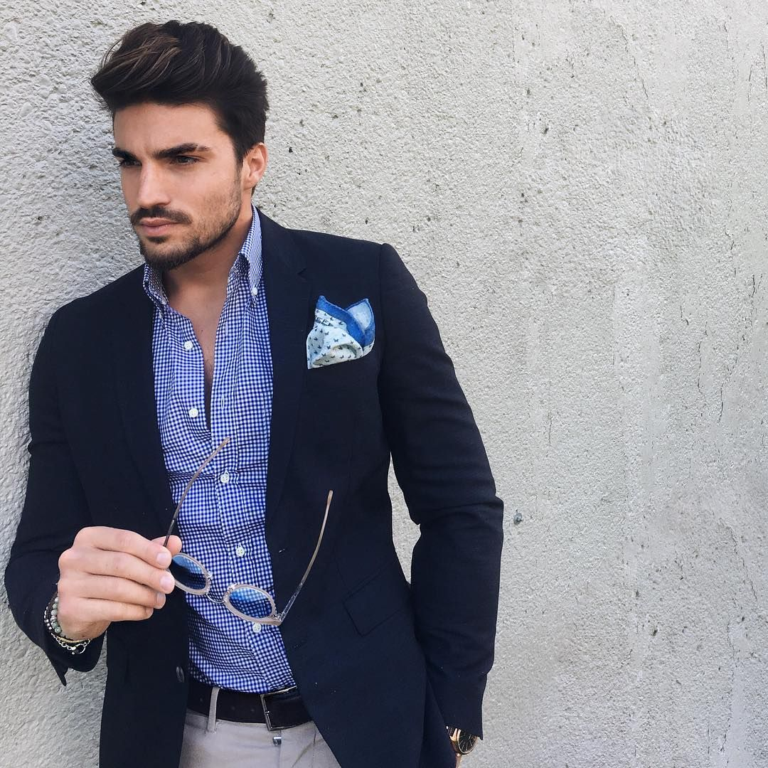 Professional traveller  Actor • designer • Mens blogger  Snapchat: marianodivaio99 ______________________________ info@mdvstyle.com BLOG ⤵️