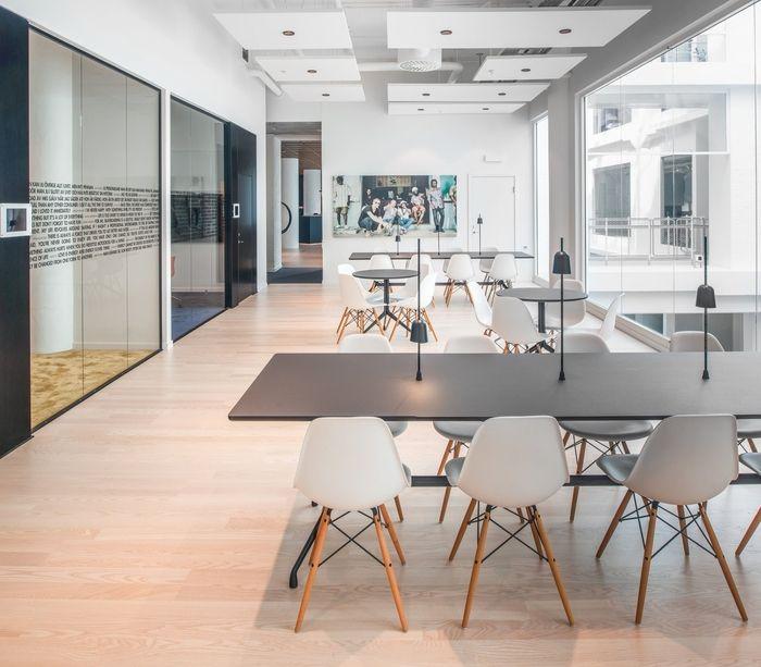 red-bull-office-design-10 - library design