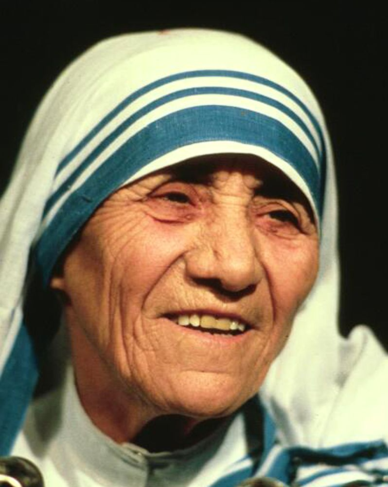 """2. """"Not all of us can do great things. But we can do small things with great love."""" - Mother Teresa (1910-1997)"""