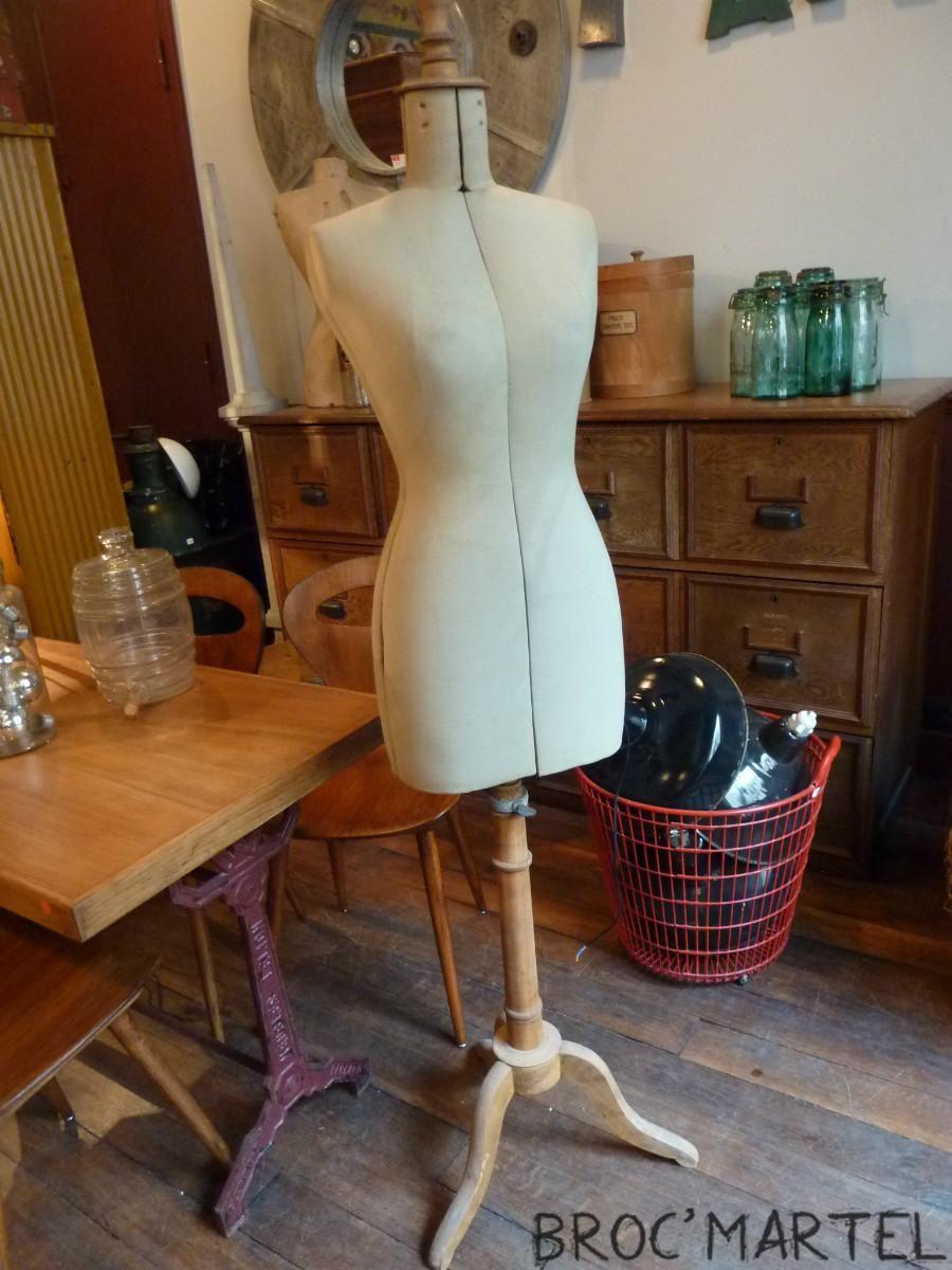 mannequin de couture rglable singer finest charmant mannequin couture rglable occasion avec. Black Bedroom Furniture Sets. Home Design Ideas