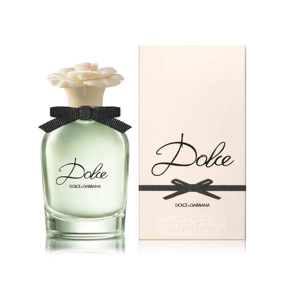 Dolce's elegant packaging is reminiscent of a vintage fragrance flacon. Thick, clear glass with softly curved lines lending a contemporary design edge. The flacon reveals sparkling glints of the vibrant green juice, as fresh and crisp as the Neroli leaves within. www.dolcegabbana.com/beauty/perfumes/women/dolce #dgbeauty #dolcegabbana #dgdolce