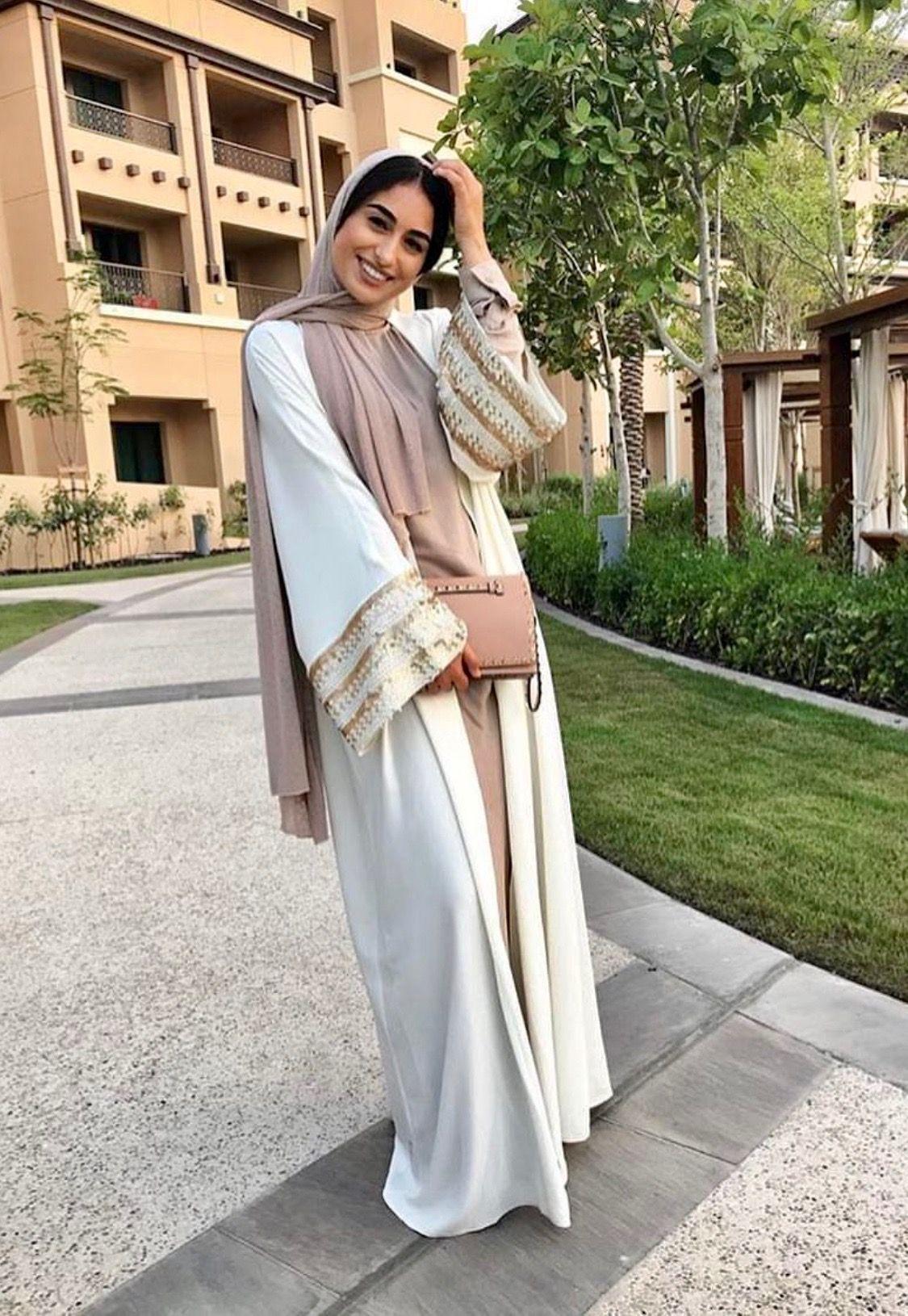 Abaya vibes  Abayas fashion, Hijabi fashion, Abaya fashion dubai