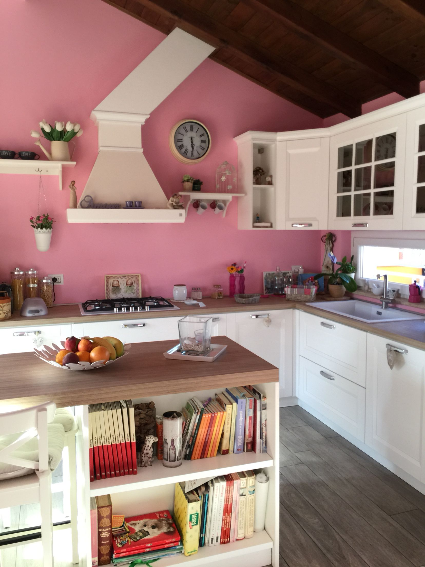 White/Pink Kitchen, beverly, Stosa. | Kitchen | Piani di lavoro ...