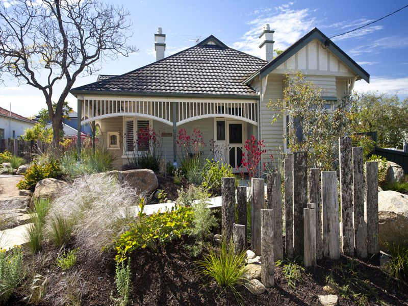Mounded garden beds and simple colour pallette. Phillip Johnson Landscapes. Camberwell, Victoria
