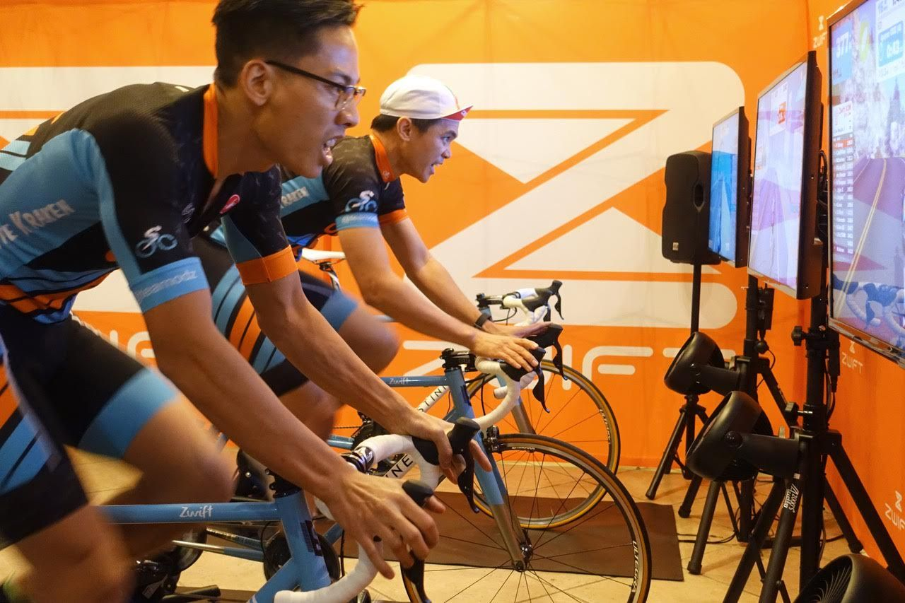 Zwift Merges Indoor Fitness With Massive Multi Player Online