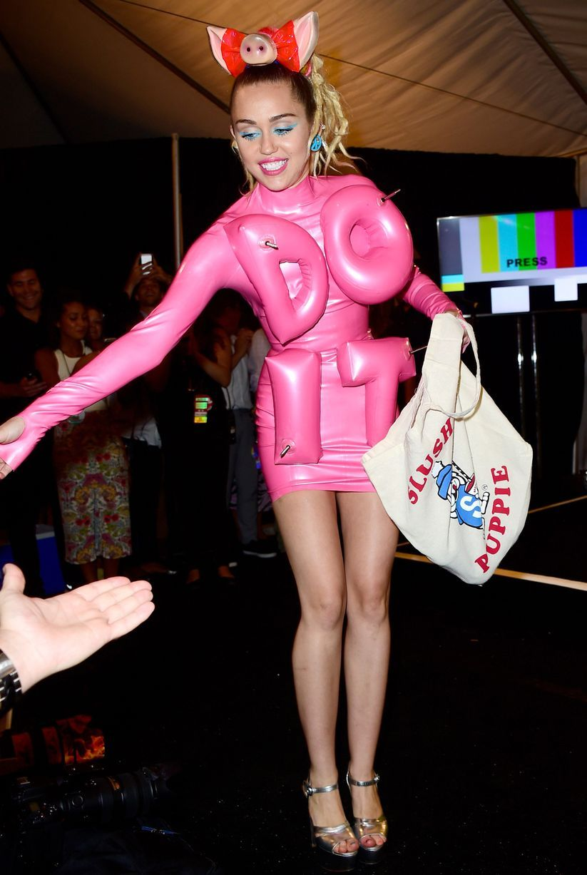 All Miley Cyrus Nearly-Naked Looks As She Hosts Mtv Vmas -6074