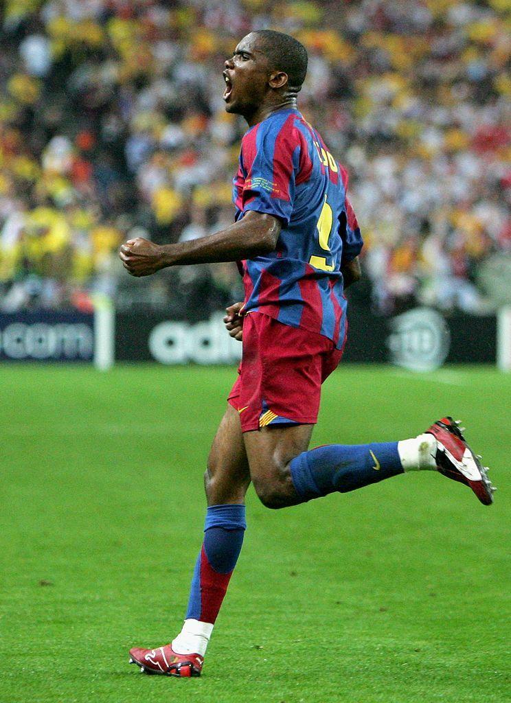 Samuel Eto O Of Barcelona Celebrates Scoring The Equalising Goal Samuel Eto O Barcelona Champions League Final