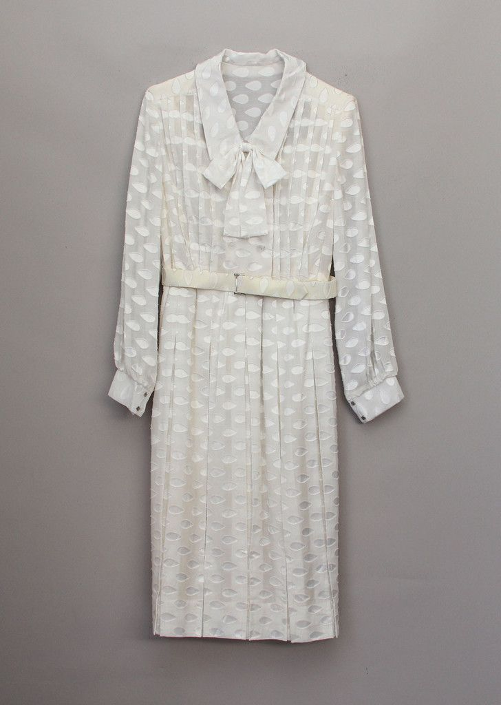 White Delight Dress S (10) by VDC   The Vintage Dress Company