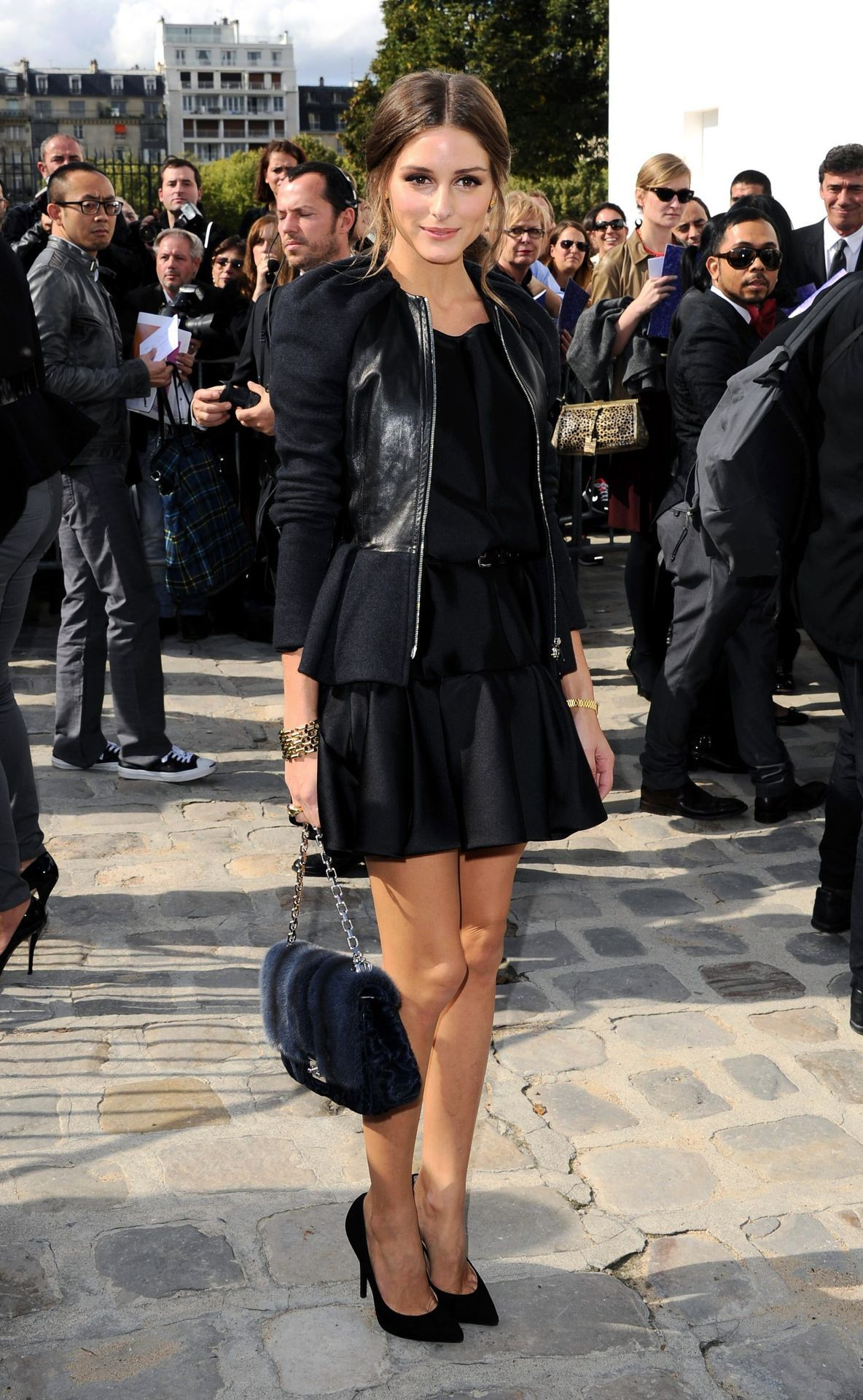 why do we consider all black so high fashion? Just wondering. I like the shape of this skirt though