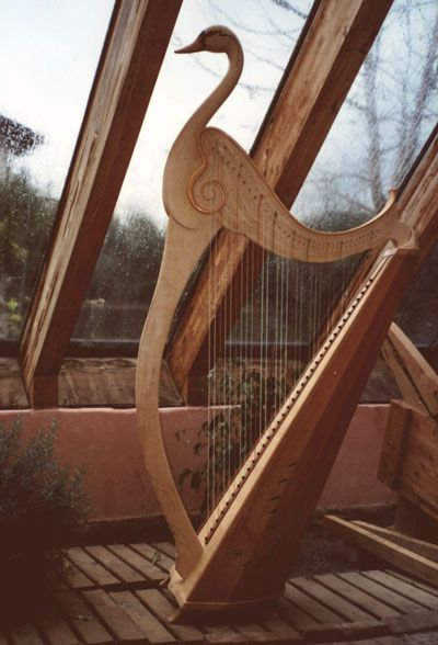 Swan harp by Norbert Maier