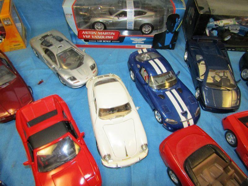 Cast Metal Model Cars And Unembled Plastic Makers Include Bburago Ertl