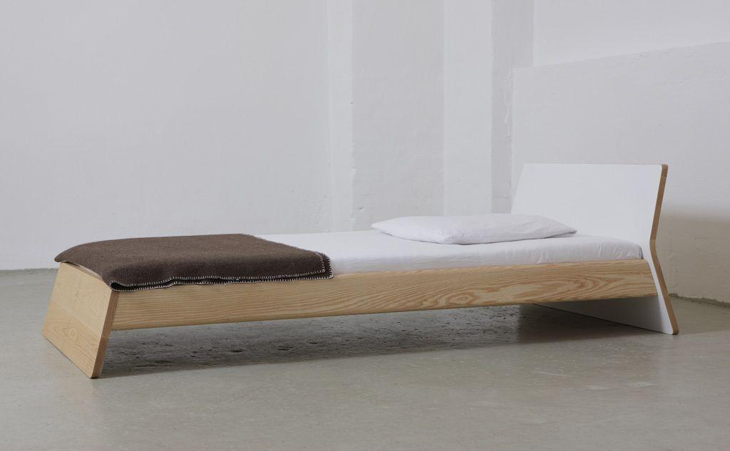 Private Space Bett designed by Jannis Ellenberger | Furniture ...
