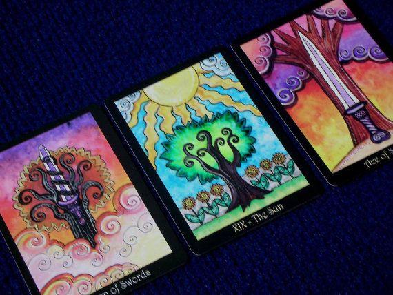 Wiccan Moonsong Creating Your Own Tarot Deck Diy Oracle Cards Tarot Card Decks Tarot