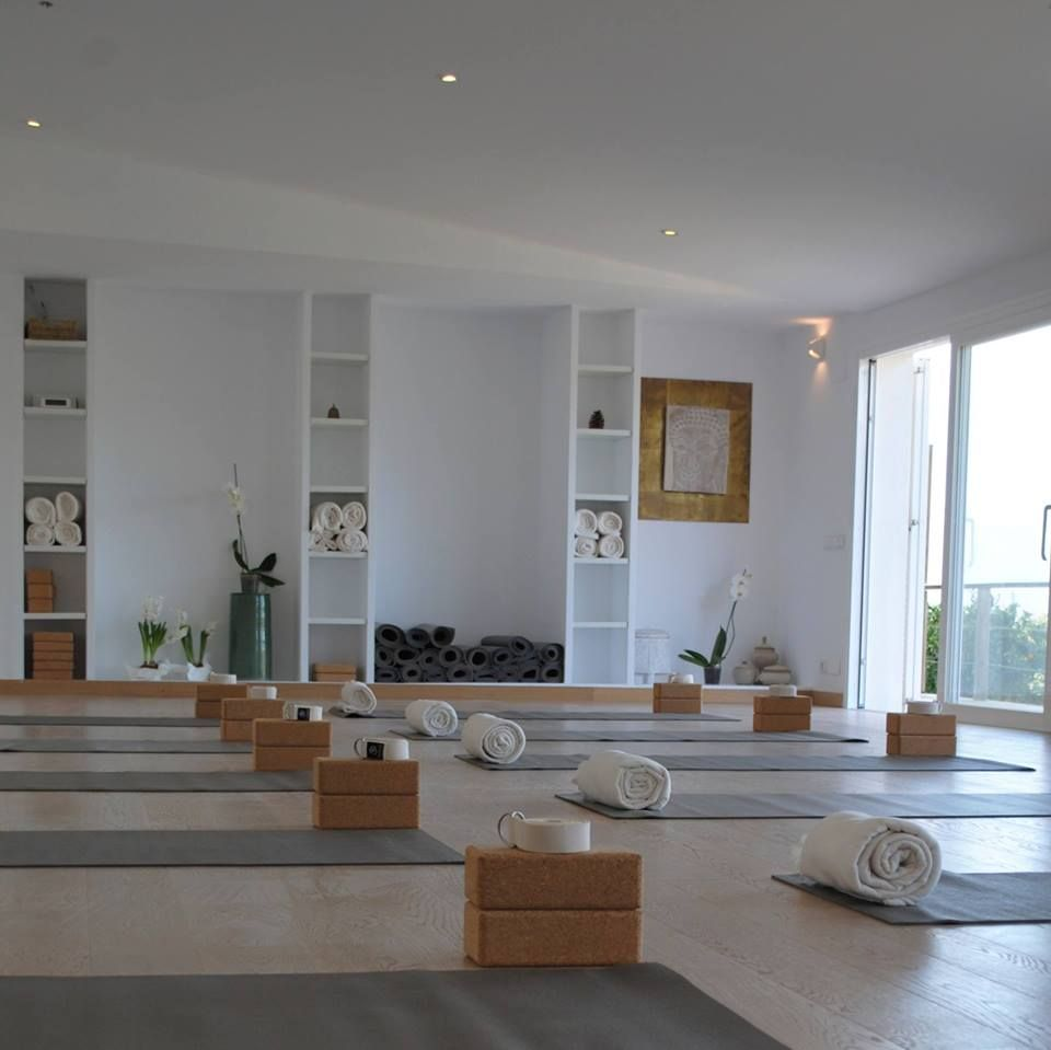 Carlos Pomeda Philosophy I Yoga Retreat I Vincent Pezet Yoga Home Yoga Room Yoga Studio Home Yoga Room Design