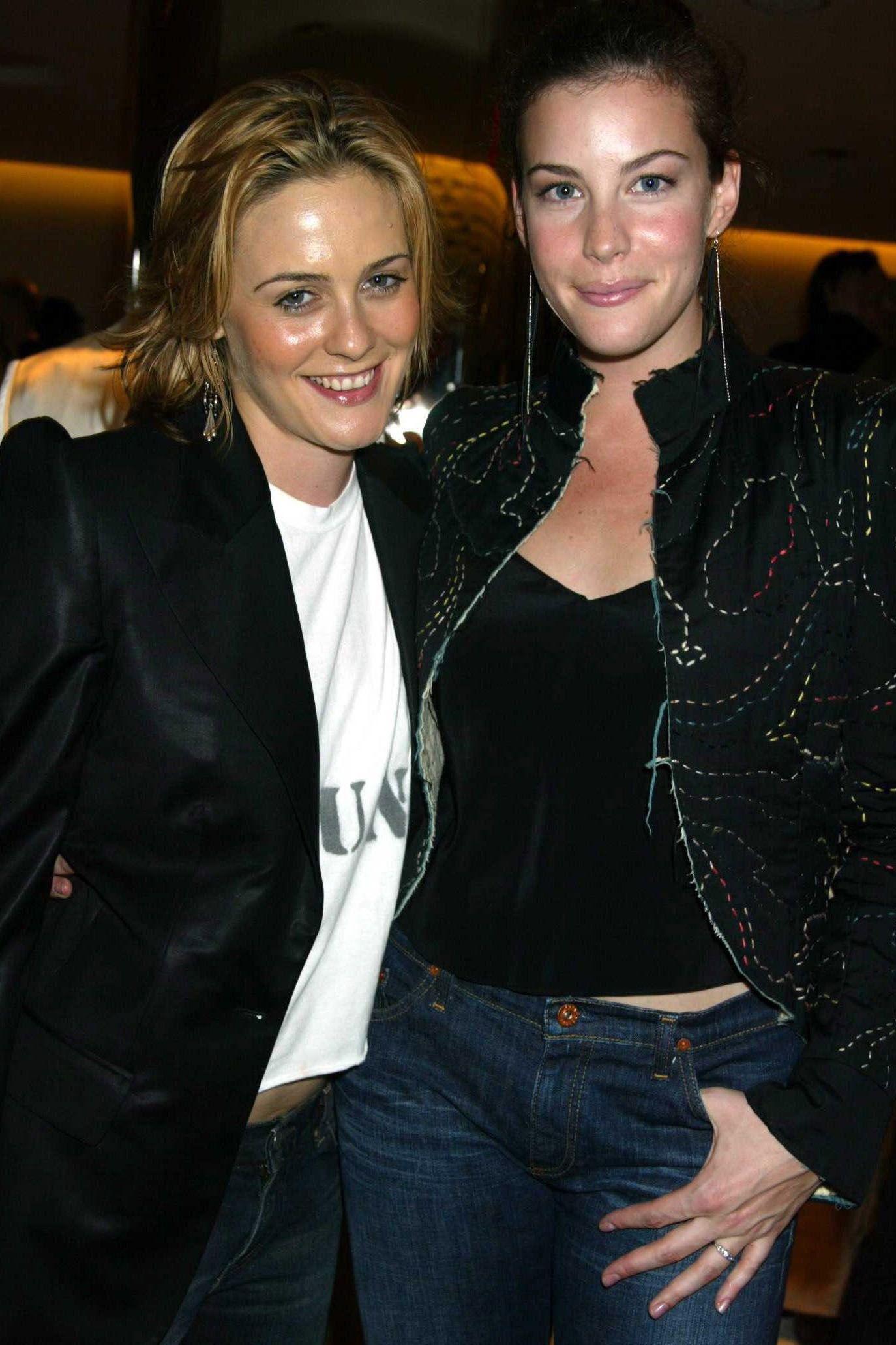 Drew Barrymore & Alicia Silverstone 1998 Nickelodeon Kid s Choice