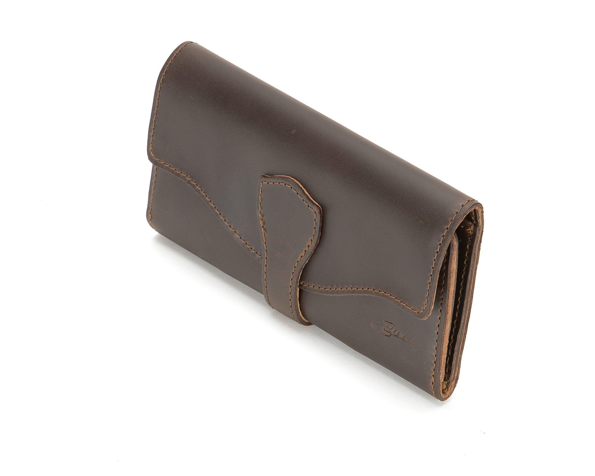 da28b7f17fa1e Amazon.com  Saddleback Leather Long Trifold Wallet in Chestnut  Full Grain  Leather with 100 Year Warranty  Clothing