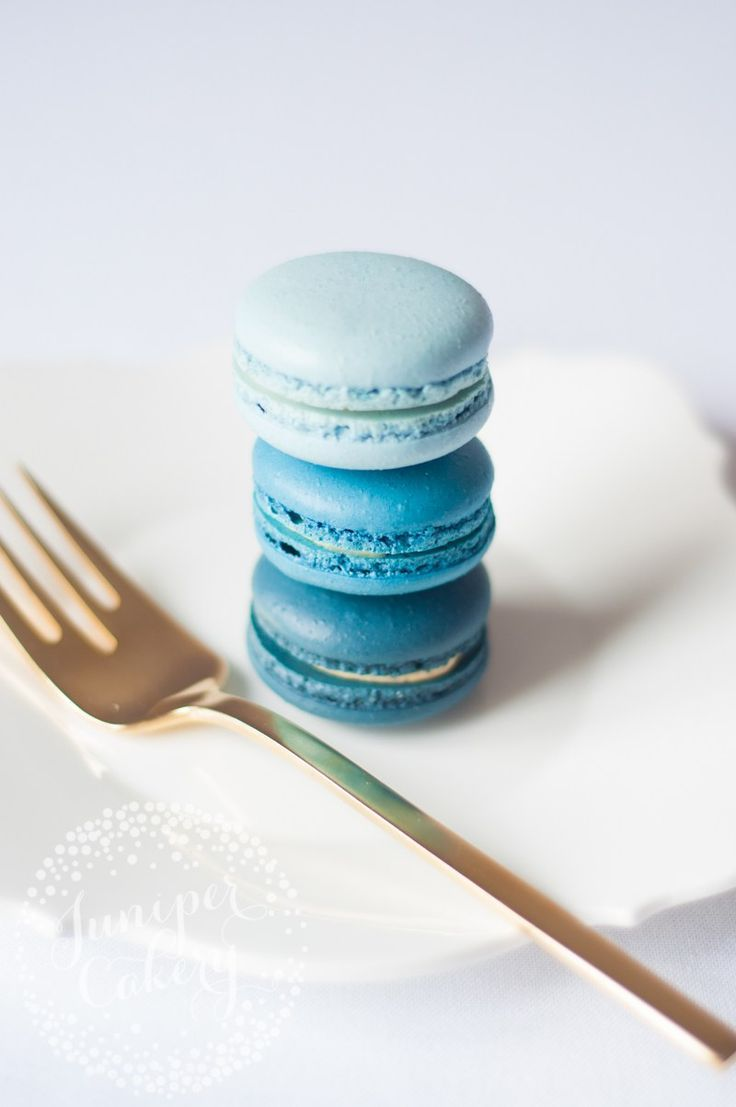 Blue Ombre Macarons By Juniper Cakery Blue Aesthetic Pastel Blue Macarons Blue Macarons Recipe
