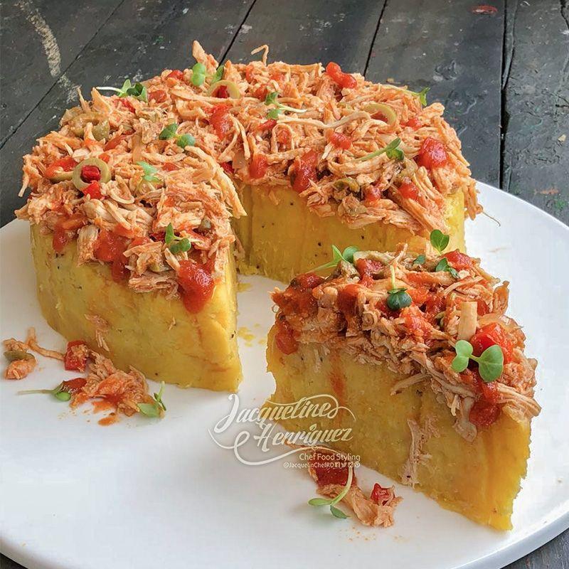 Ropa Vieja De Pollo Con Cake De Plátanos Maduros Jaqueline Henriquez Receta Comidas Con Pollo Pasta De Tomate Recetas De Comida