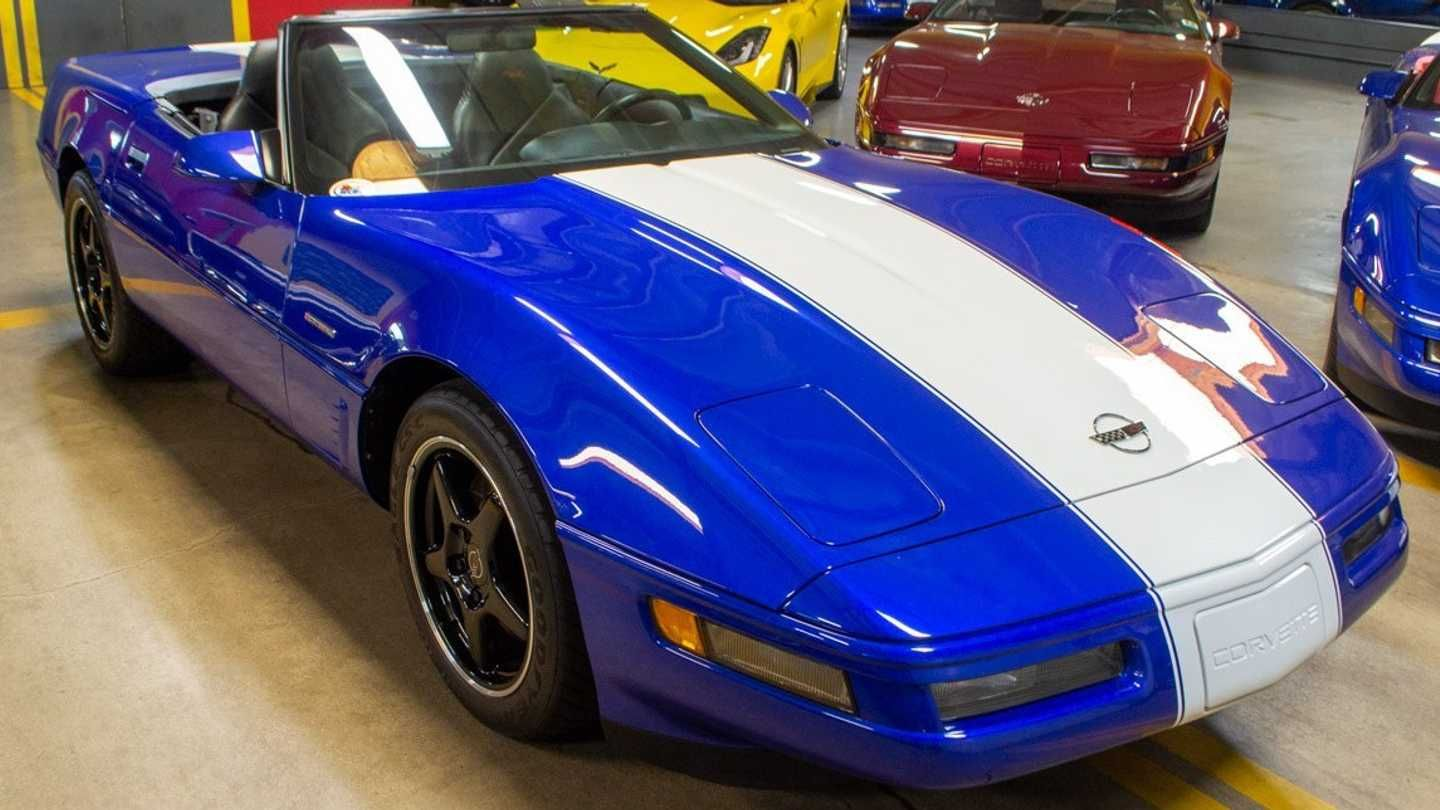 Rare 1996 Chevrolet Corvette Grand Sport Convertible Up For Sale For Teens Luxury Accessories Charger Cla Chevrolet Corvette Corvette Grand Sport Corvette