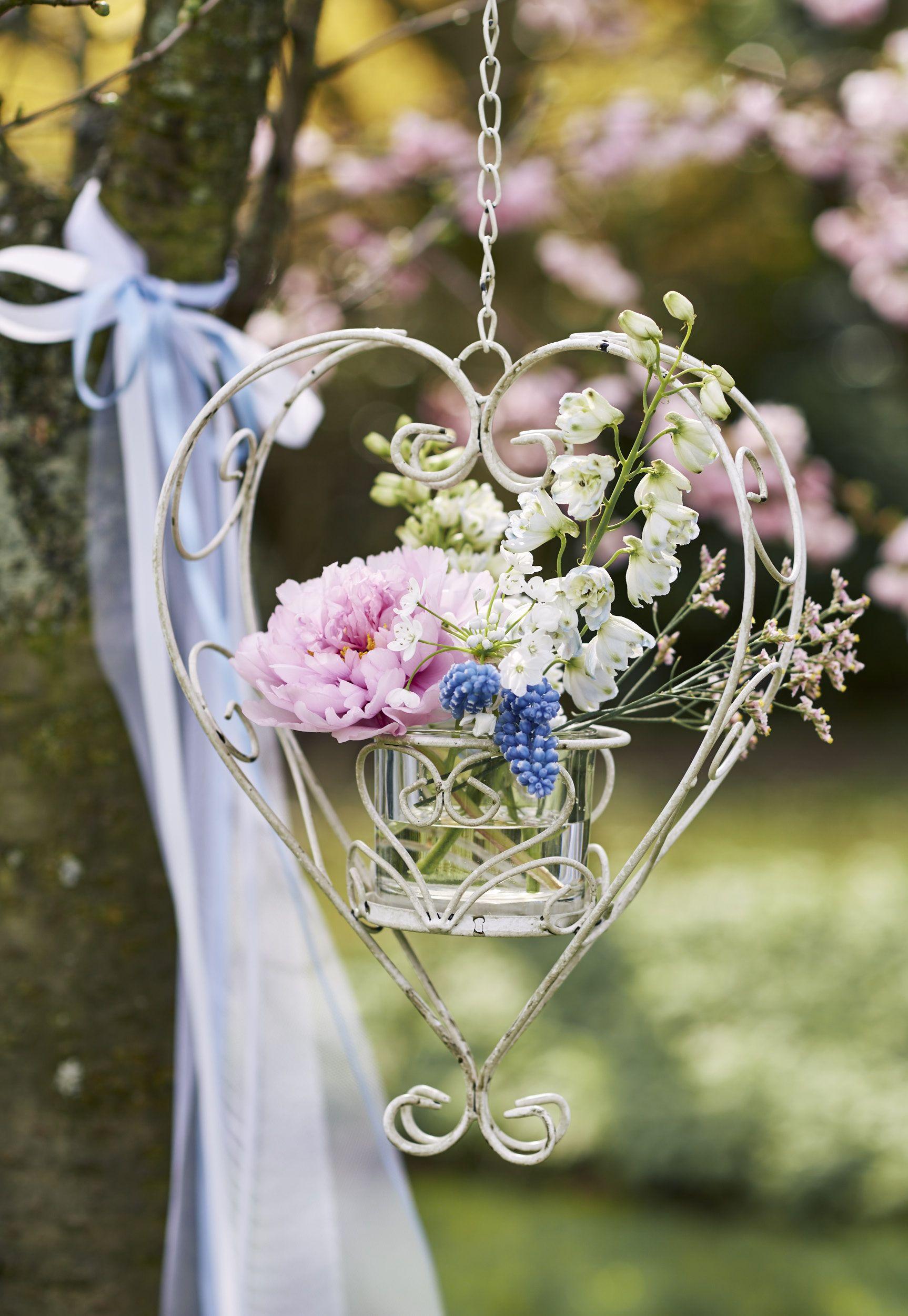 Hochzeitsauto Blumen Herz