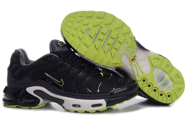 04474b60af Nike Air Max TNS Black Green | My Trainers | Nike air max tn, Nike ...